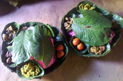 チウリの葉のお皿
